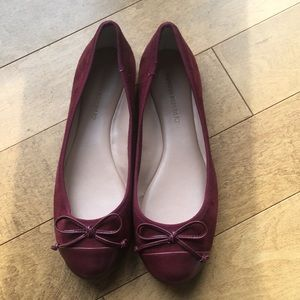 Banana Republic Flats Ballet Shoes 6.5 new Garnet